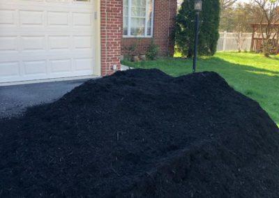 black_mulch_delivered